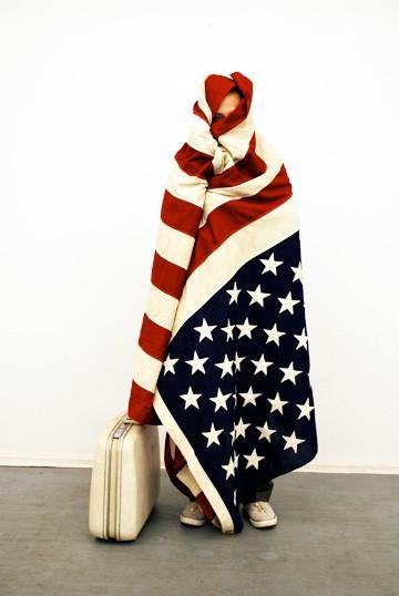 140hberlin_standingflag.jpg