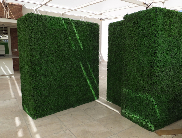 Make-Be-Leaves-7ft_UV_Boxwood_Hedges.jpg