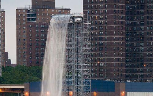olafur_waterfall_paf1.jpg
