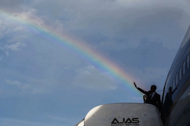 pete_souza_obama_rainbow.png