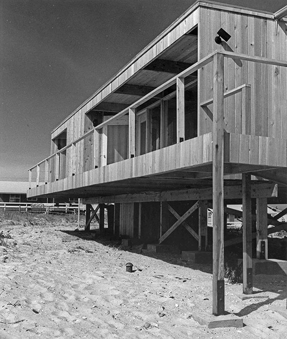 richard_meier_lambert_house_2.jpg