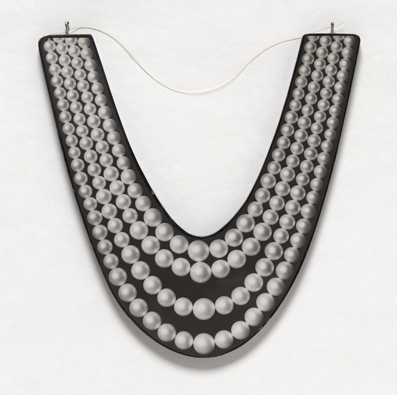 robert_watts_pearl_necklace_moma.jpg