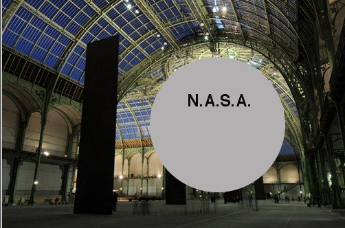 satelloon in the grand palais, mockup with serras