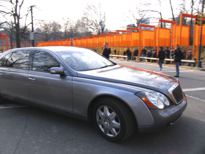 Andy Towle captured the Maybach and The Gates, image: towleroad.com