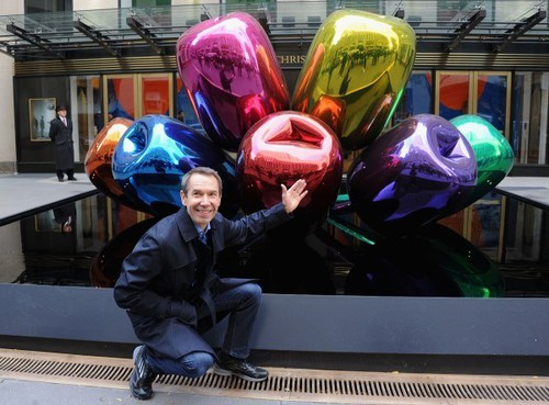 koons_tulips_onehanded_getty.jpg