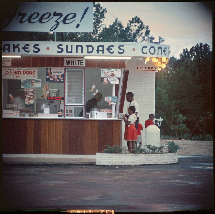 gordon-parks-untitled_shady-grove_alabama_1956_arg.jpg