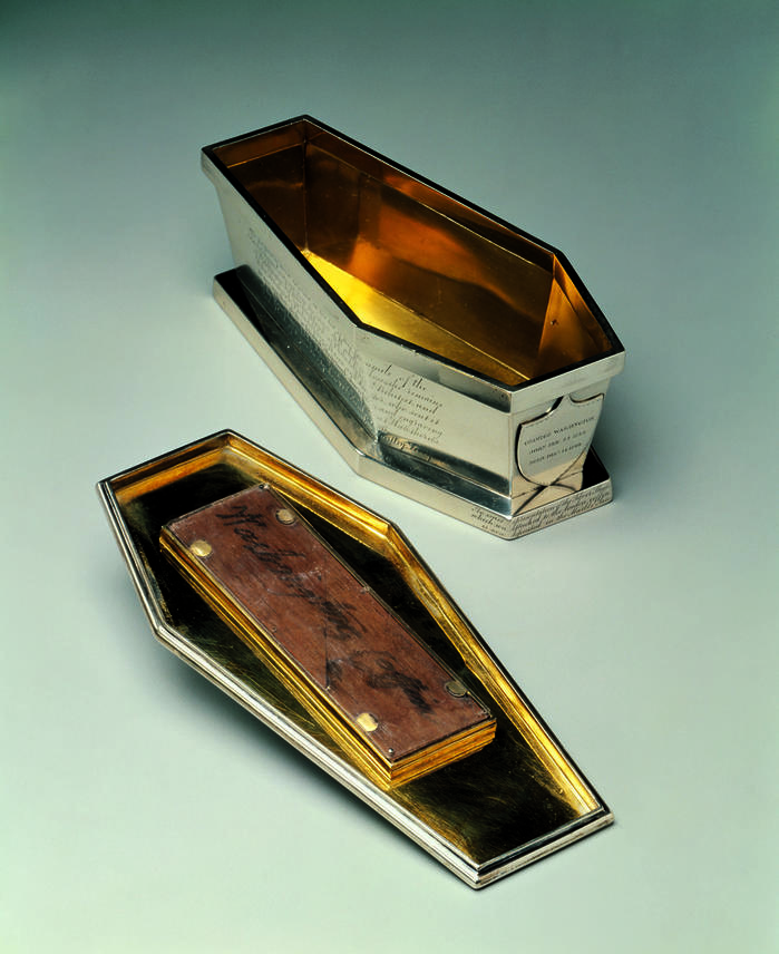 george_washington_sarcophagus_mtv_W-4149-int.jpg